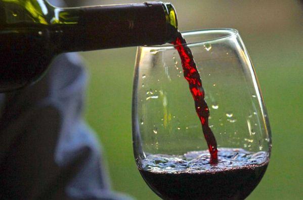 vino-rosso-800x531